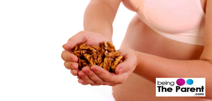 Eating walnuts in pregnancy
