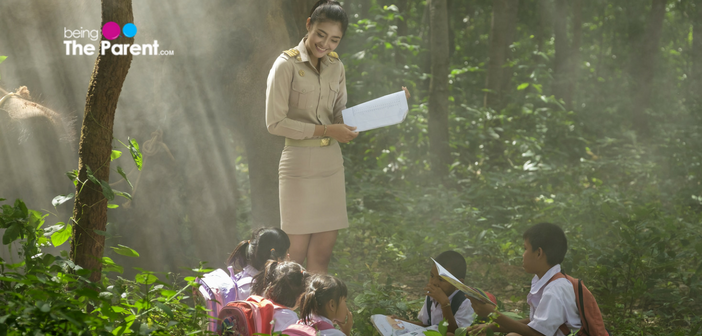 kids learning outside the classroom