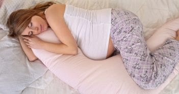 pregnant women sleeping