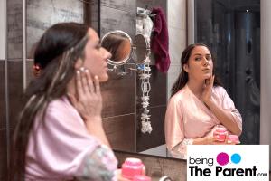 7 Useful Tips To Reduce Skin Darkening During Pregnancy