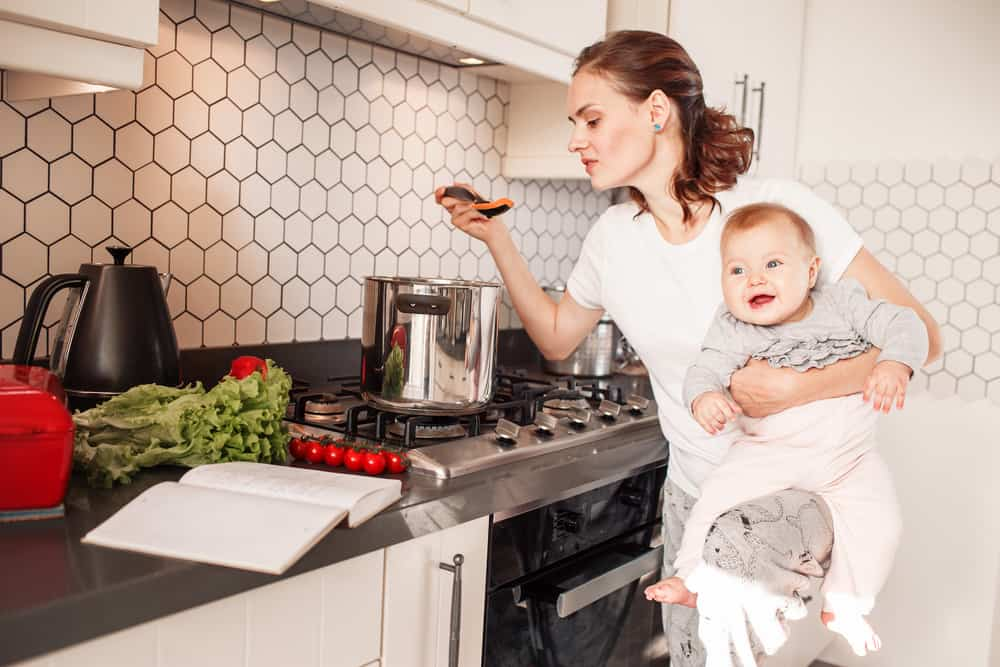 4 Essential Household Items That Are Essential For Busy Mothers