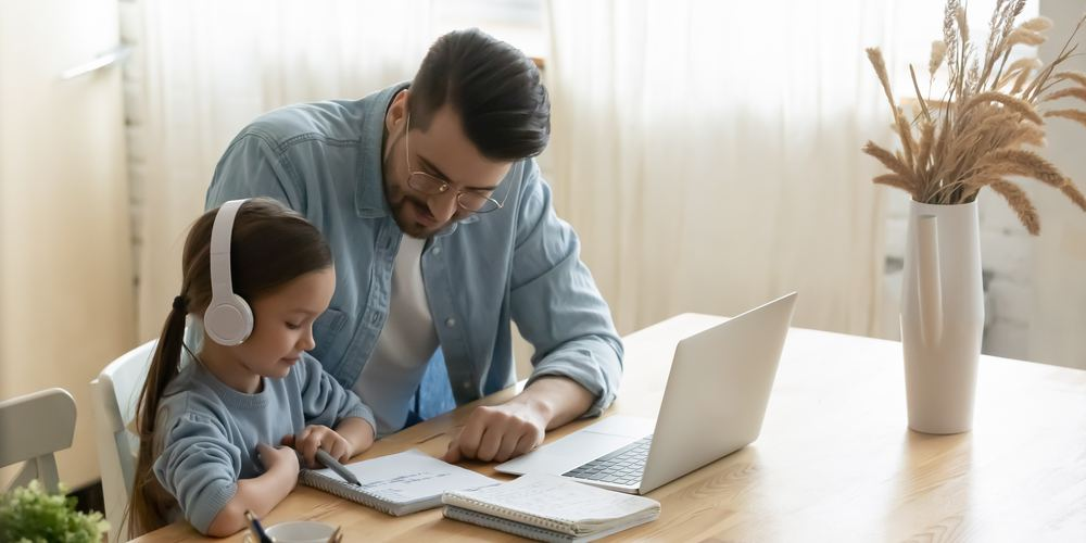 Top 10 Tips To Choose The Right Online Pre-School For Your Child
