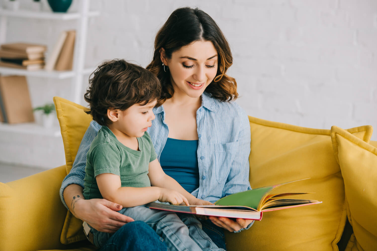 10 Must Read Moral Stories For Kids With Pictures in 2021